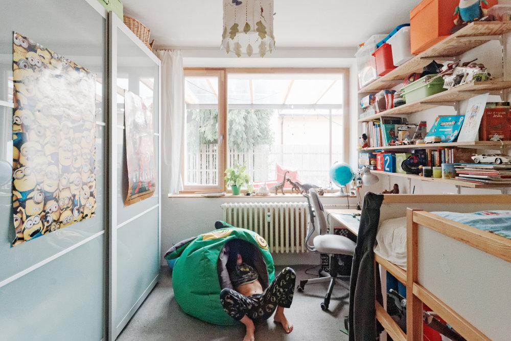 """8aa27c7d0 Deti architekta Petra Jurkoviča nemajú žiadne """"nadizajnované"""" detské izby.  Nábytok musí byť funkčný"""