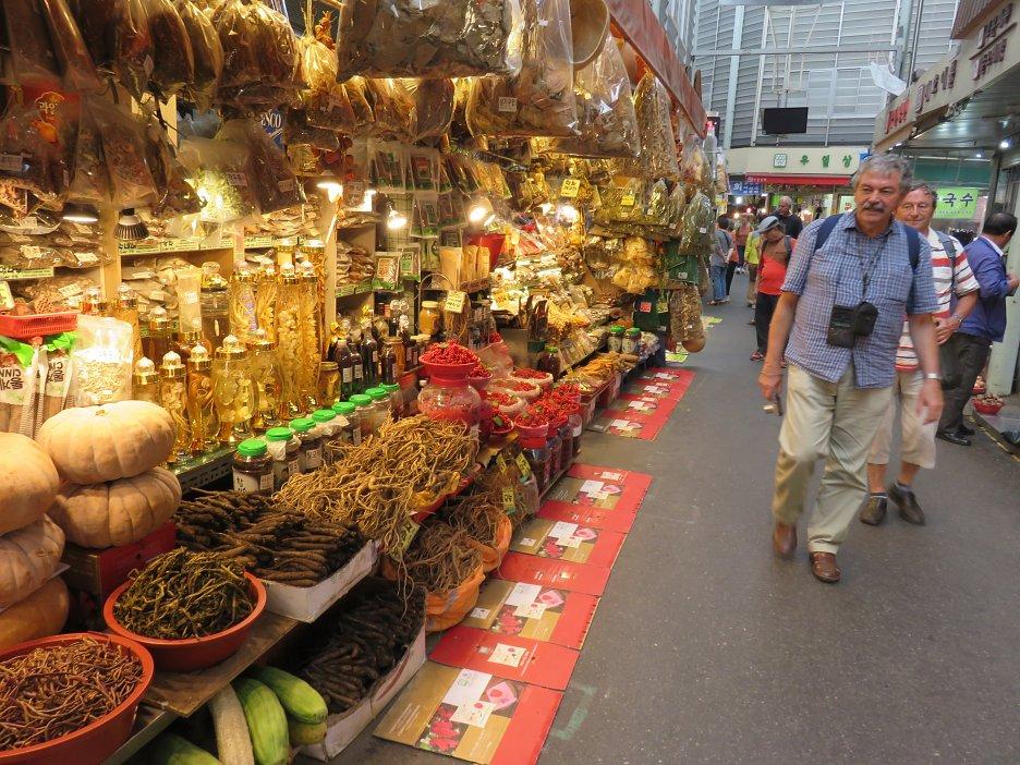 Na tržnici v meste Suwon
